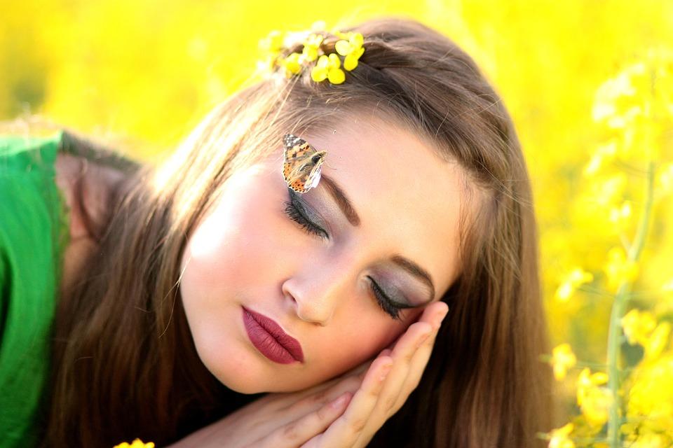 10 Reguli de Aur pentru Frumusetea Ta