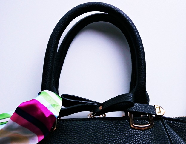 detalii geanta tiara concept store